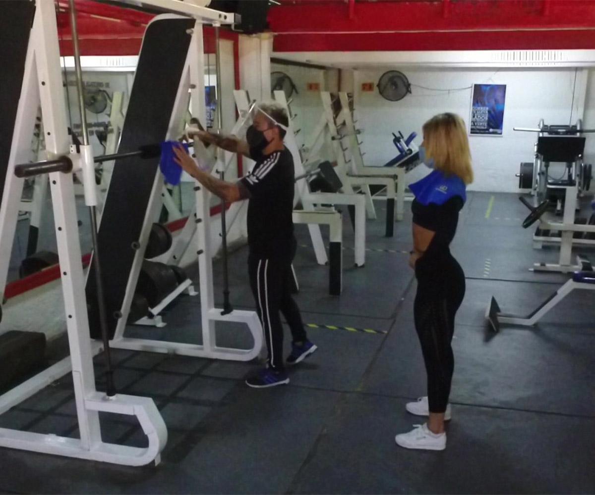 Instalaciones goldens gym cancun 4